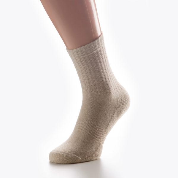Visoke nogavice iz konoplje